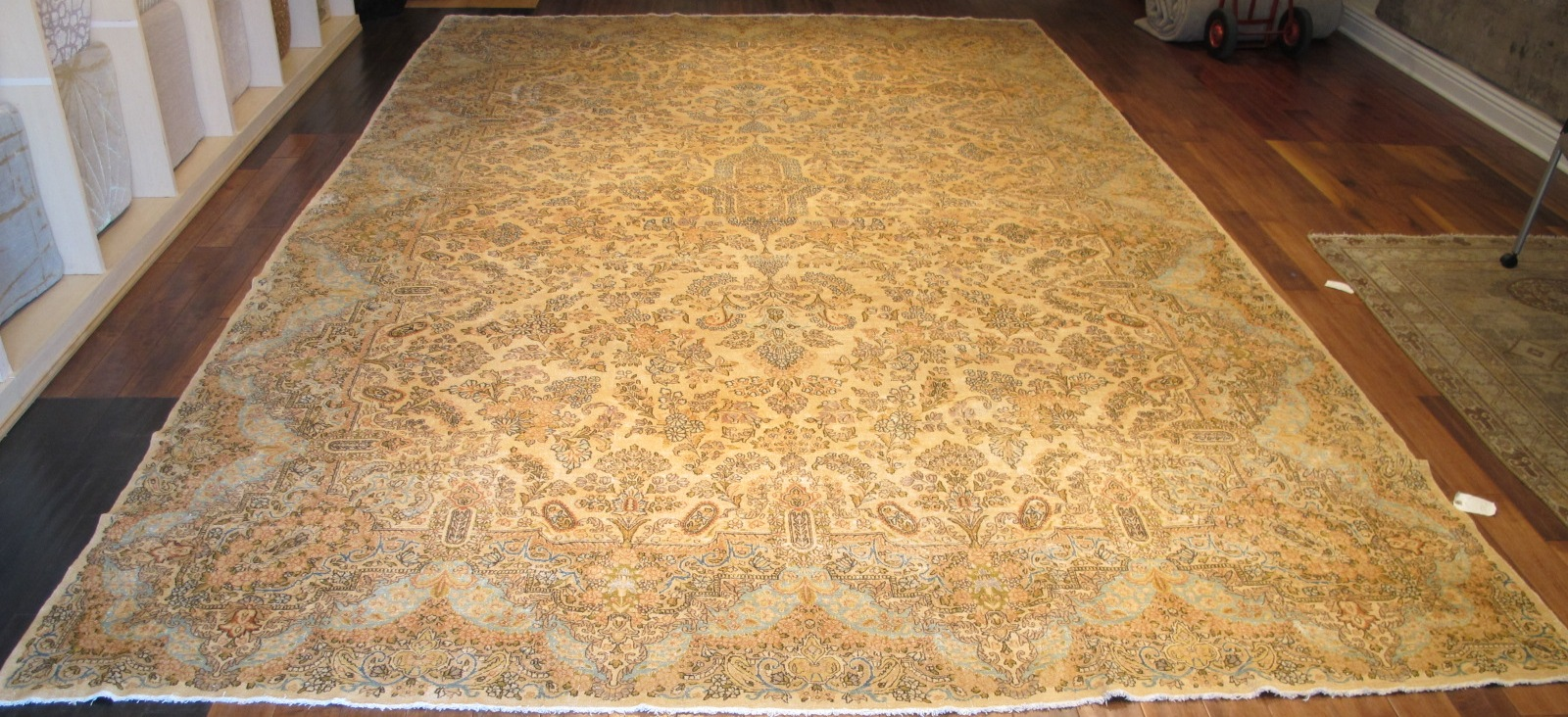 12330 semi antique Persian Kerman carpet 10,10 x 18,5 (1)