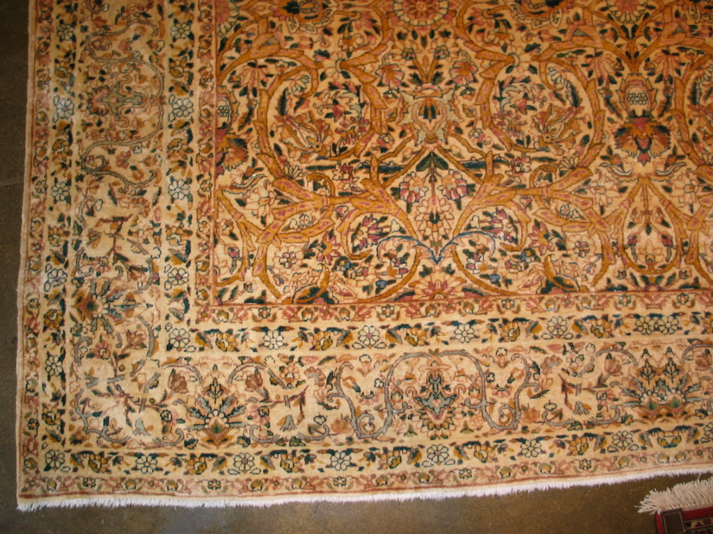 12829 semi-antique Persian Kirman carpet, c. 1920s 9,1 x 11,10 (3)