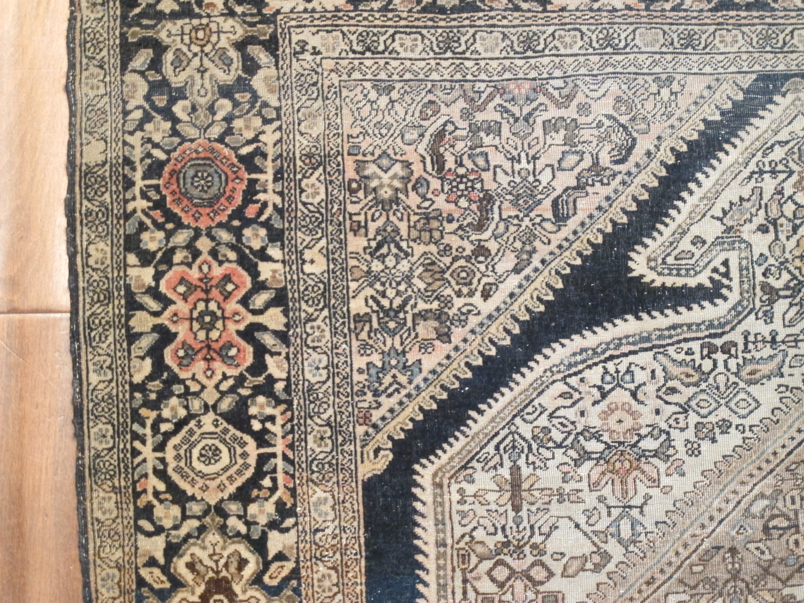 12882 Antique Persian Sarouk Farahan rug 3,2x4,9 (1)