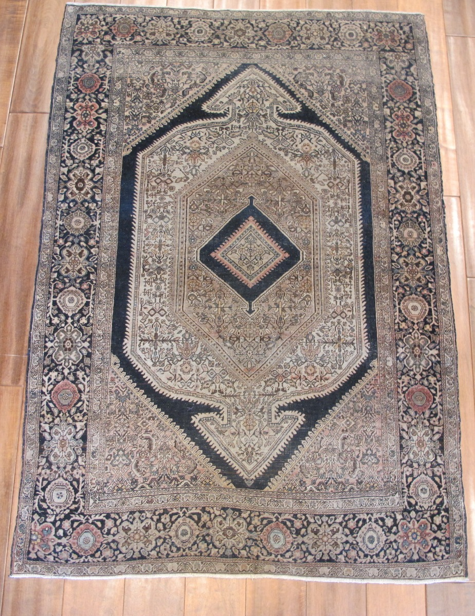 12882 Antique Persian Sarouk Farahan rug 3,2x4,9
