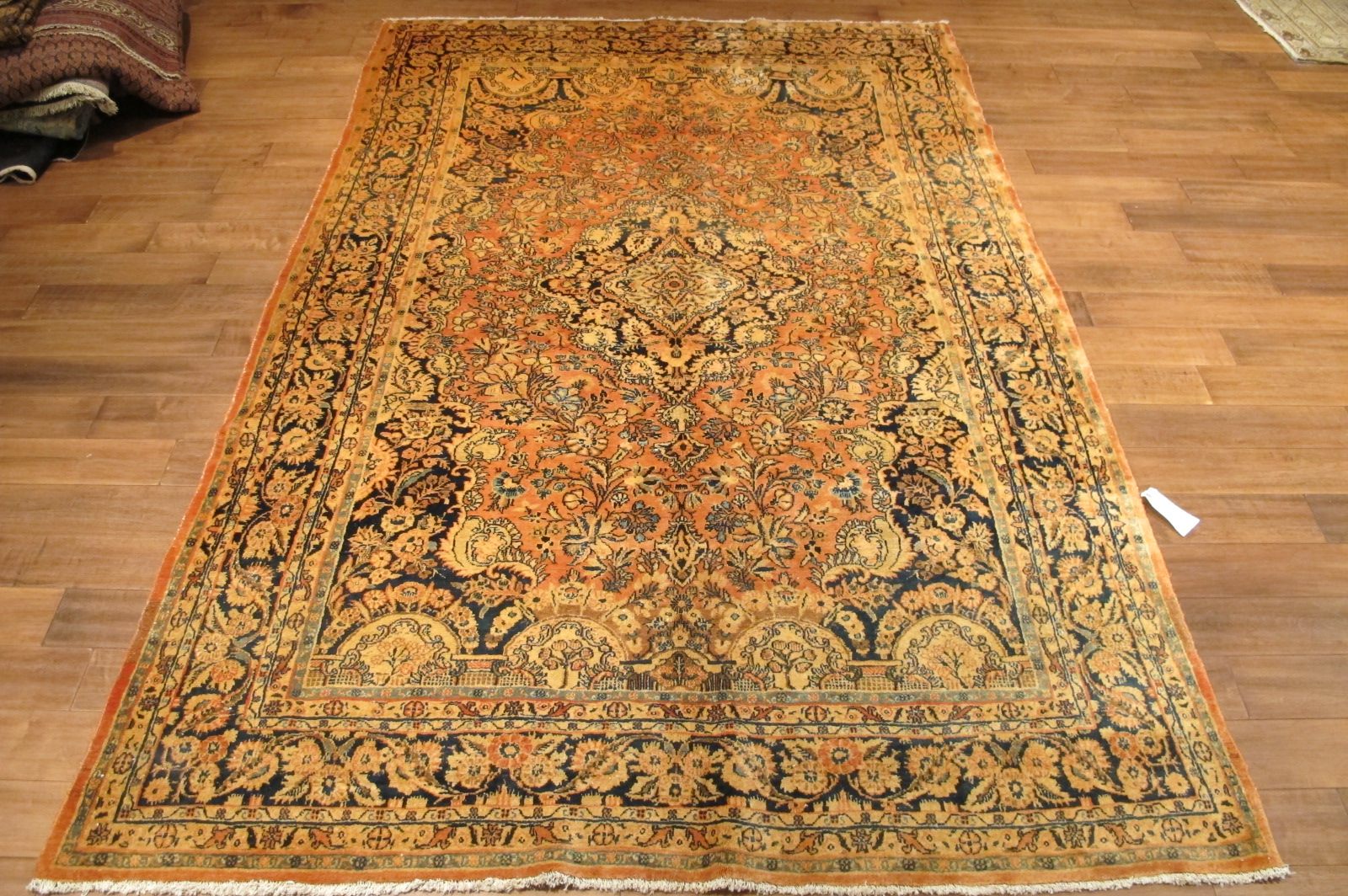 42 semi antique pesian sarouk rug 6,2 x 9,6