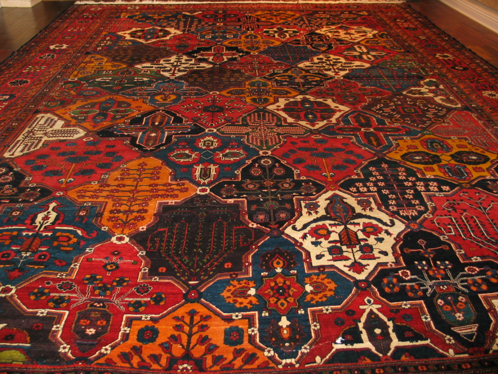 21358 Antique Persian Bakhtiar carpet 14,3 x 19,9 (2)