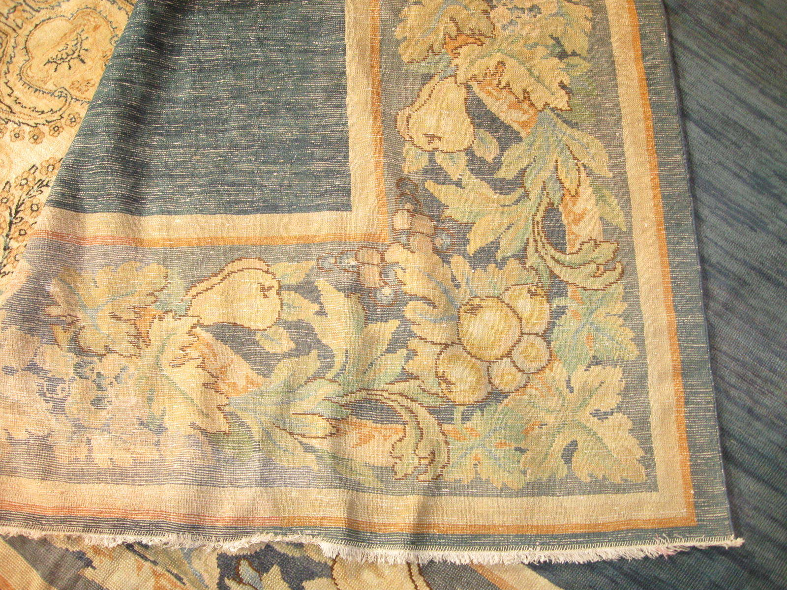 24262 antique Continental carpet 13,7 x 19,4 (4)