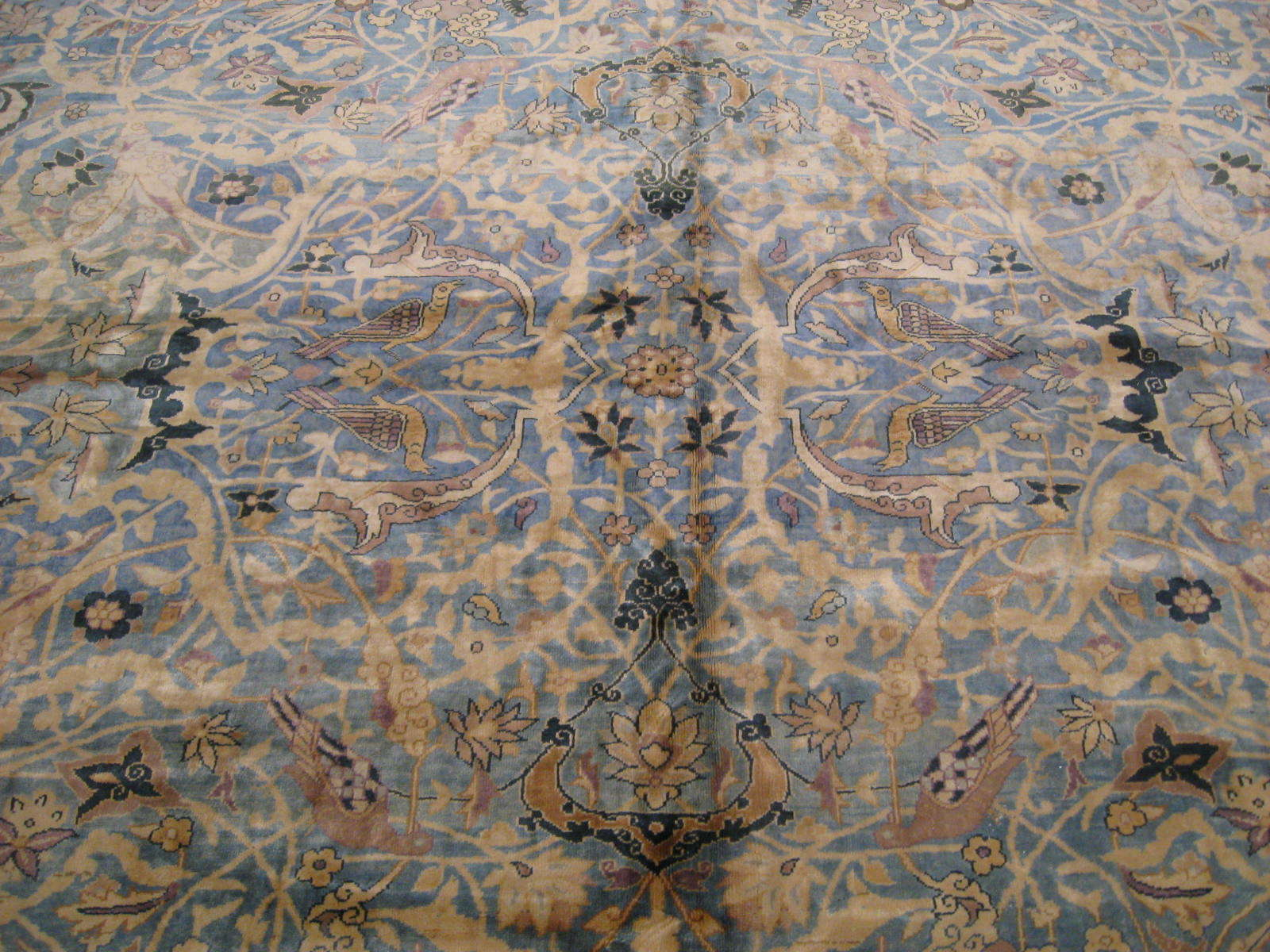 24263 antique Indo Tabriz carpet 22,6 x 23 (3)
