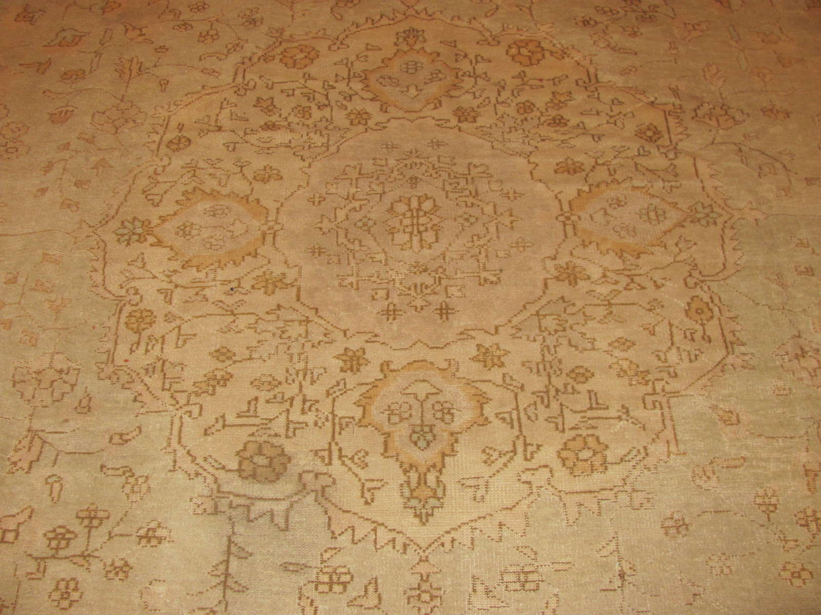 24349 antique Anatolian Oushak 11,10 x 14,7 -2