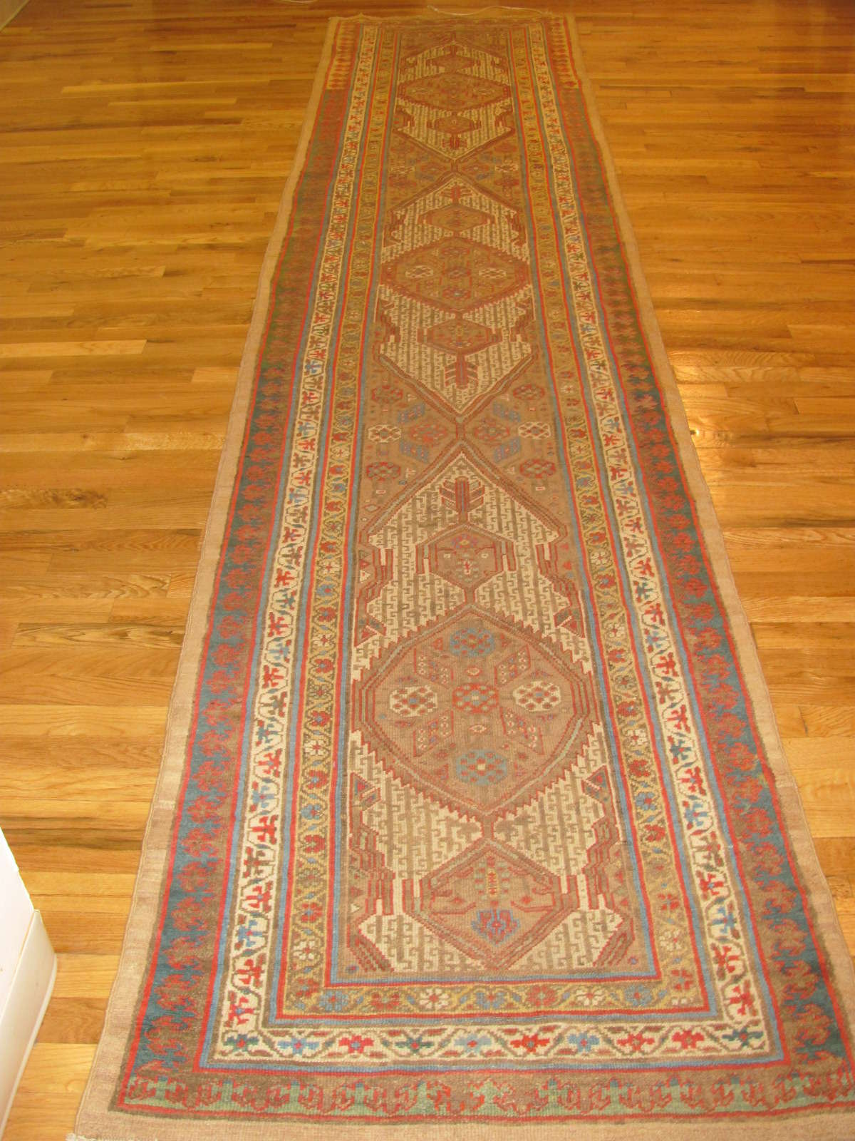 Serab Rug | Persia | Antique |Hand Knotted | Circa 1910