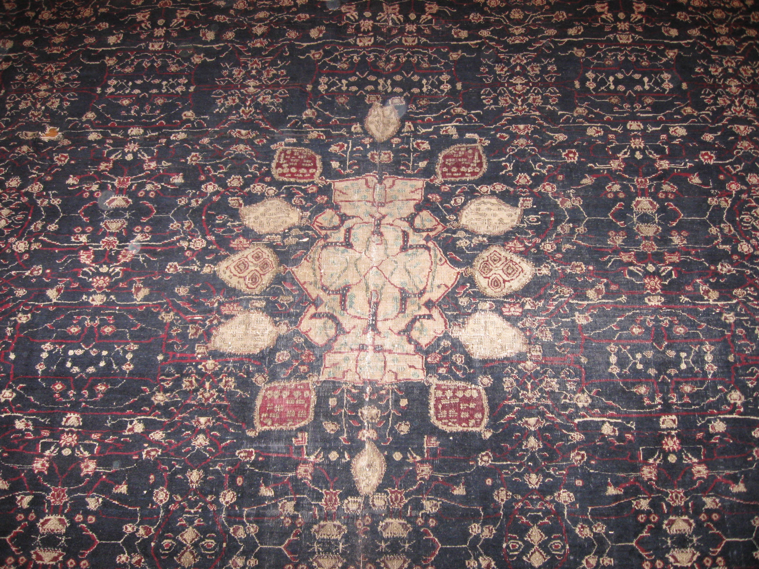 24421 antique India Agra carpet 7,10x11,6 -2