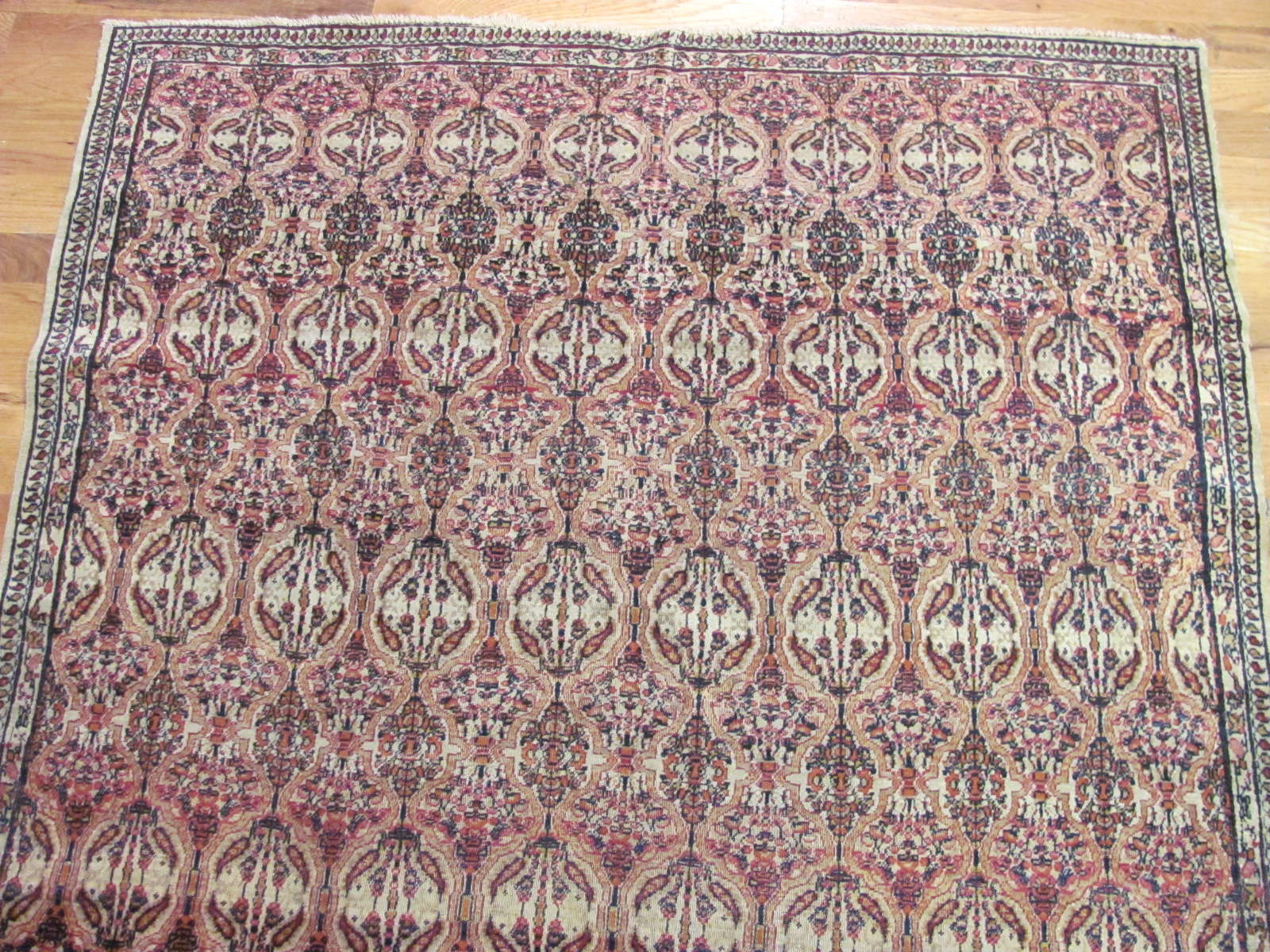 24583 antique persian kerman lavar rug 4 x 6,7 -1