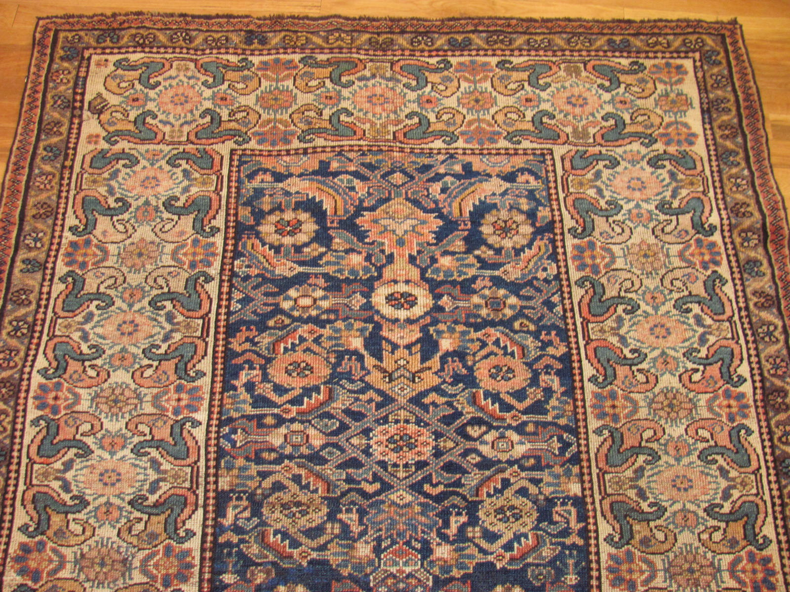 24585 antique persian kurdish rug 4,6 x 6,3 -1