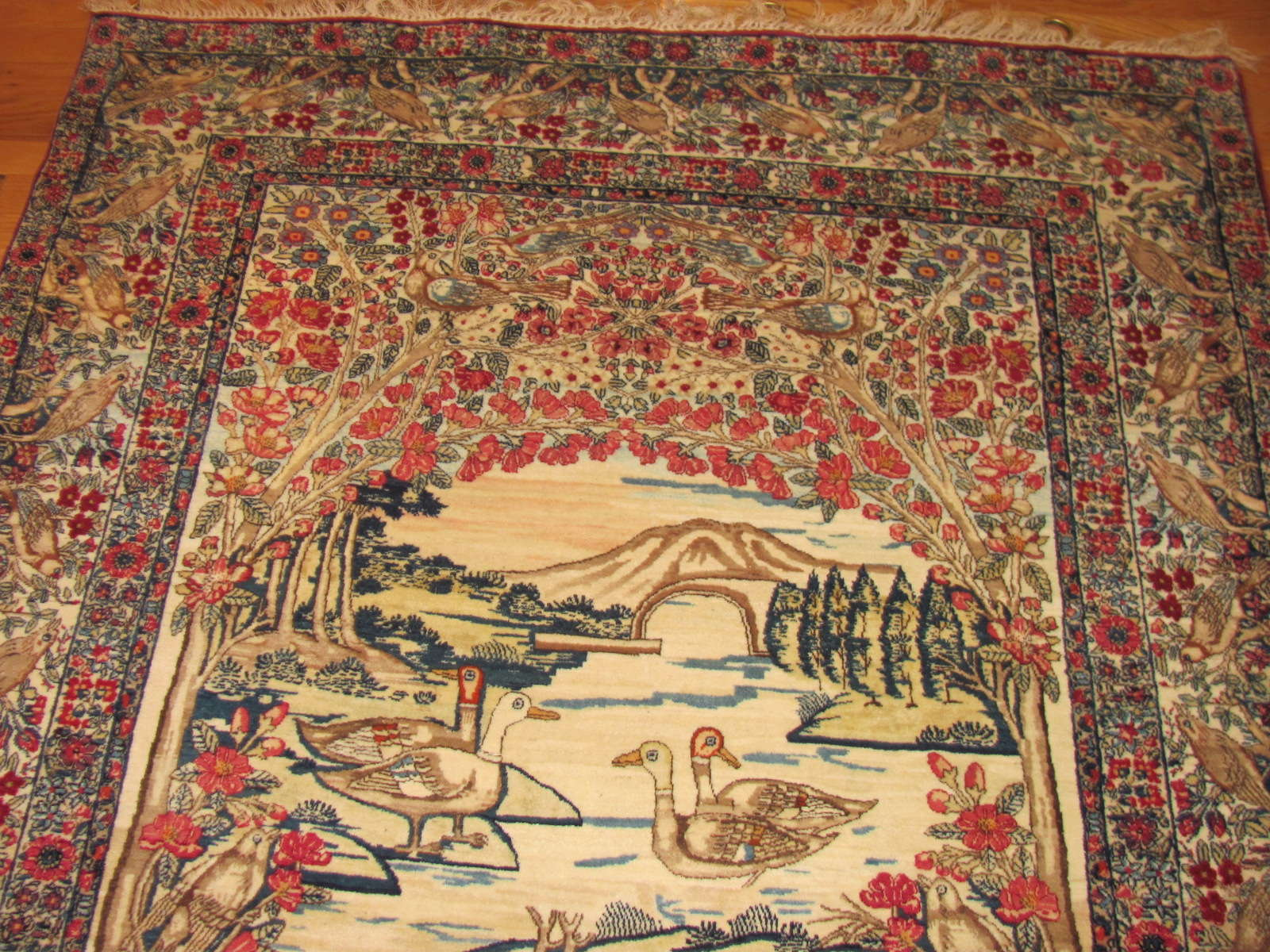 24595 antique persian kerman lavar pictorial rug 4,4 x 6,10 -1