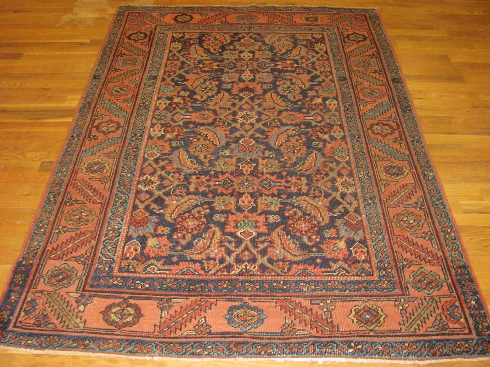 Antique Persian Heriz Rug | Handmade | Circa 1910