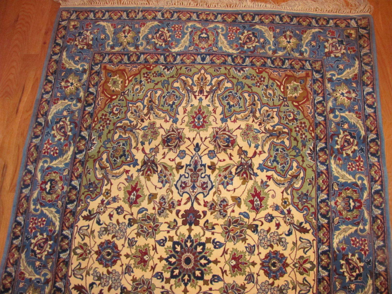24642 persian isfahan wool & silk rug 3,6 x 5,4 -1