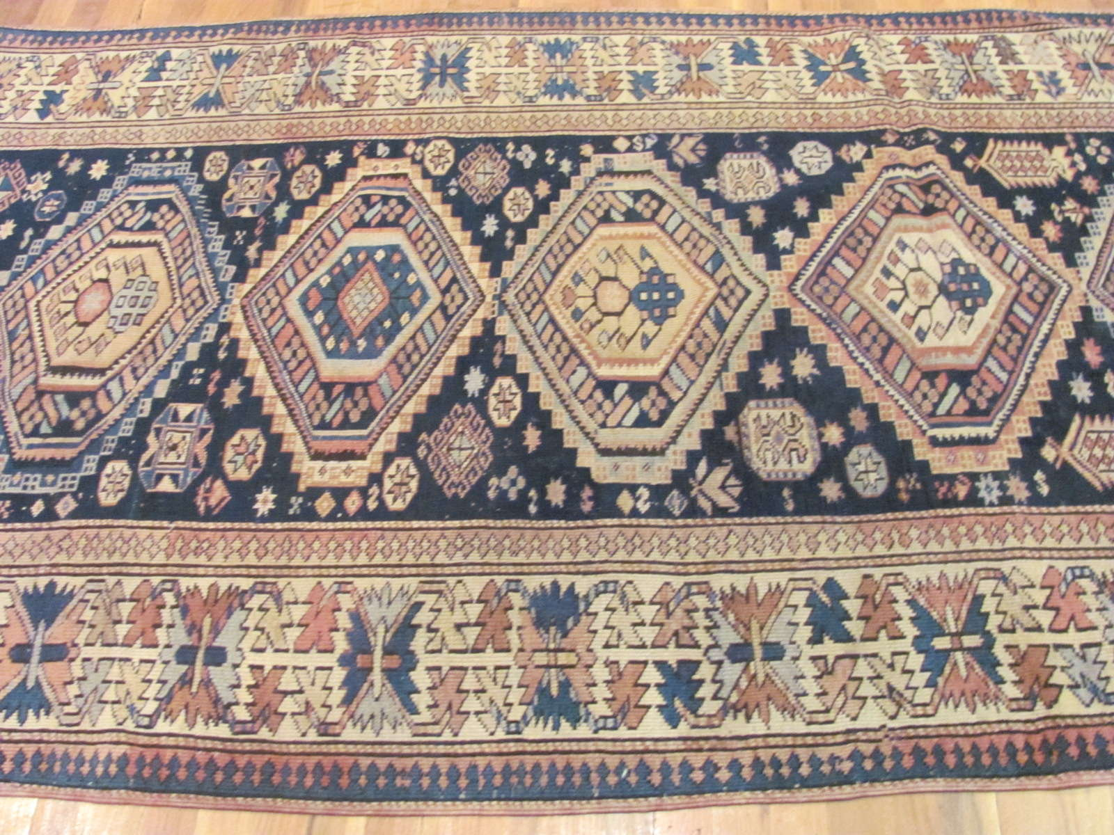 24511 antique Caucasian Shirvan rug 4,2 x 8,9 -2