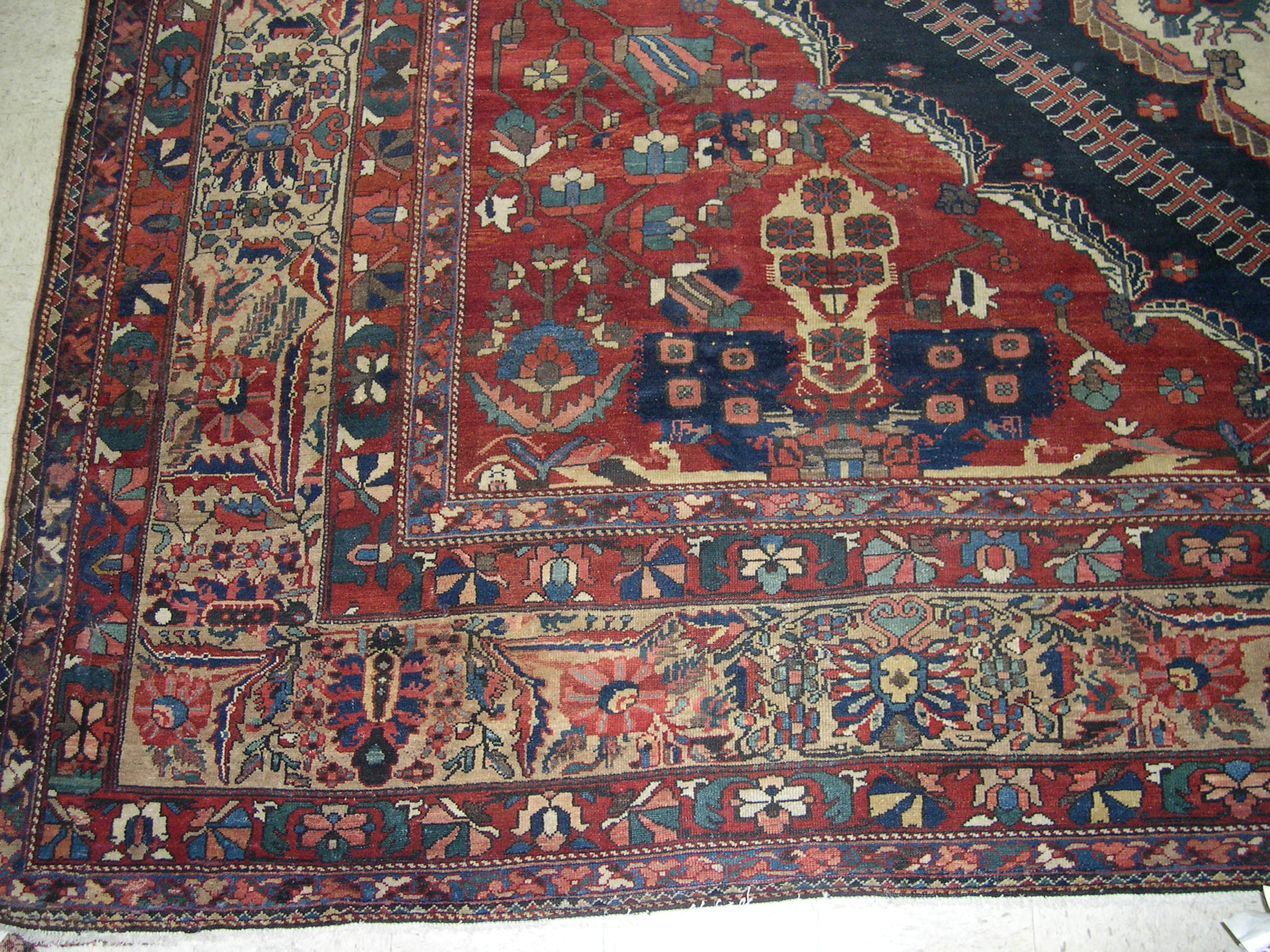 22341 Antique Persian Bakhtiar 14,6 x 22 (3)
