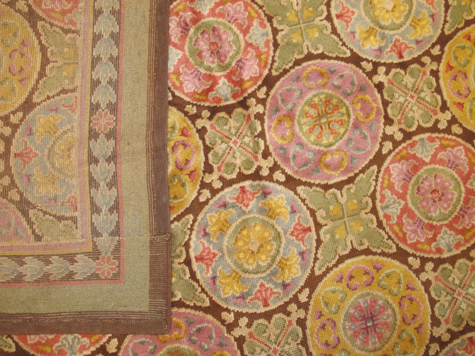 23035 Art Deco Spanish carpet 15 x 28 (4)