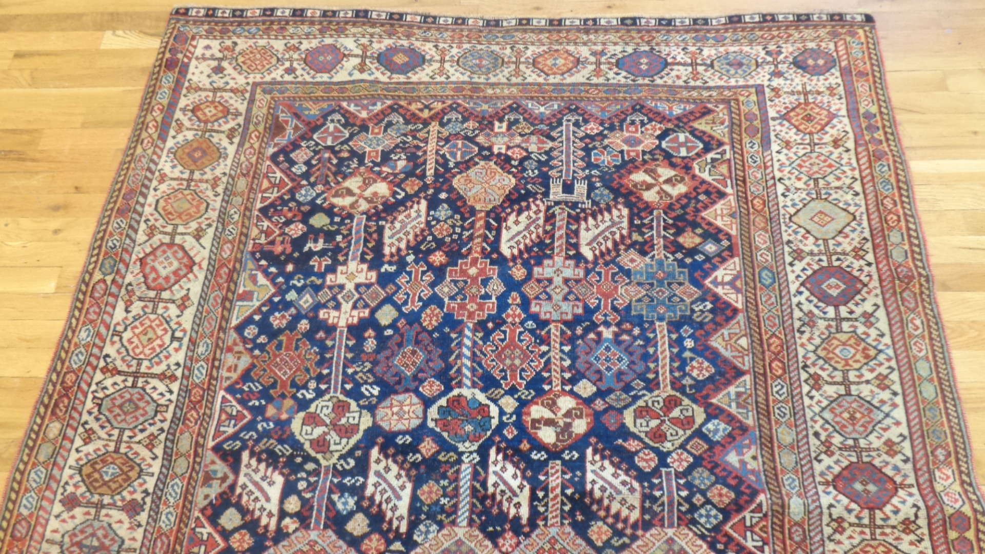 24748 antique persian qashqai rug 5.5x7.7-1