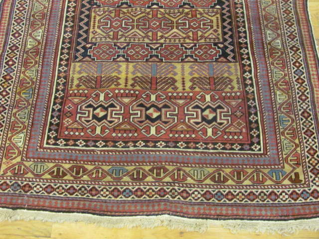 24794 antique caucasian shirvan rug 3,11 x4,9-2