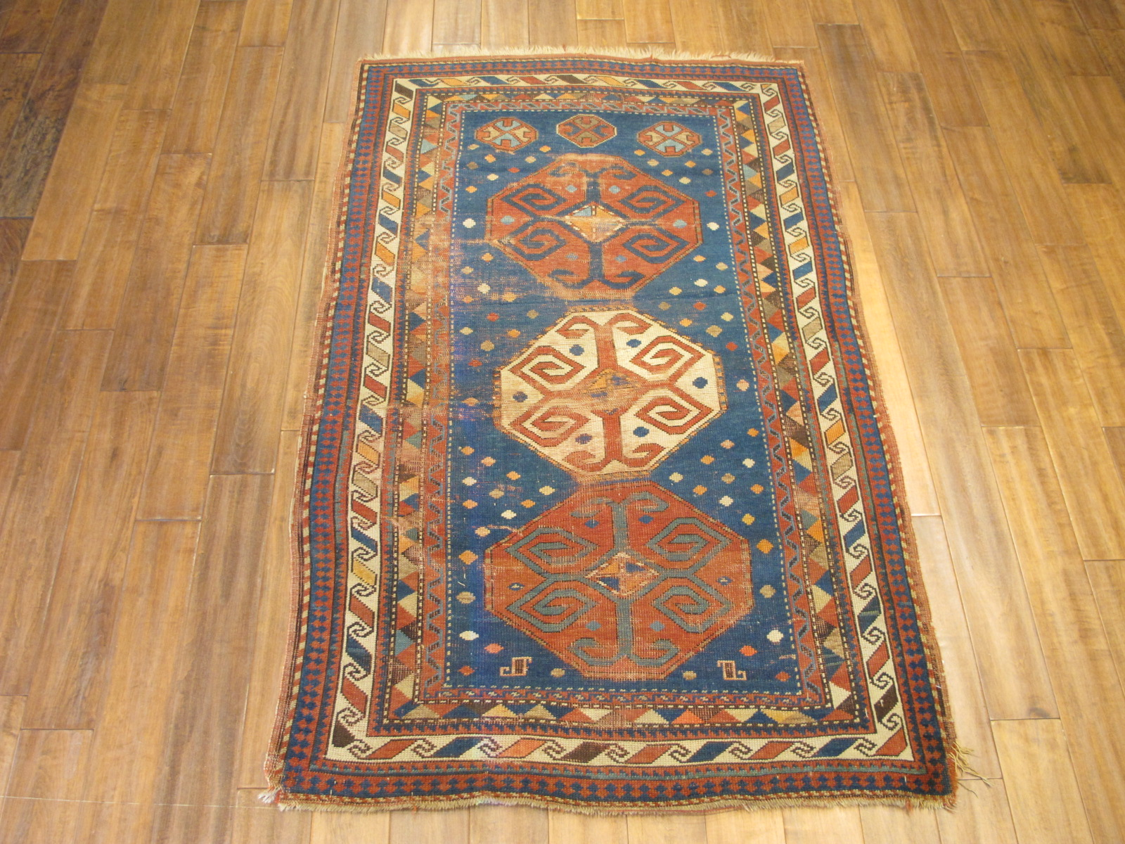 23092 antique caucasus kazak rug 3,10x7,3 (1)