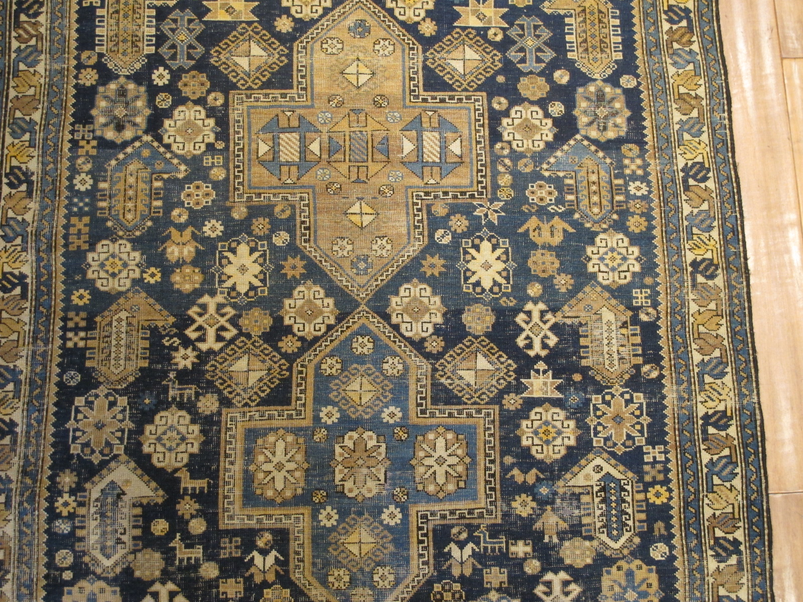 23675 antique caucasian shirvan 4 x 6 (3)