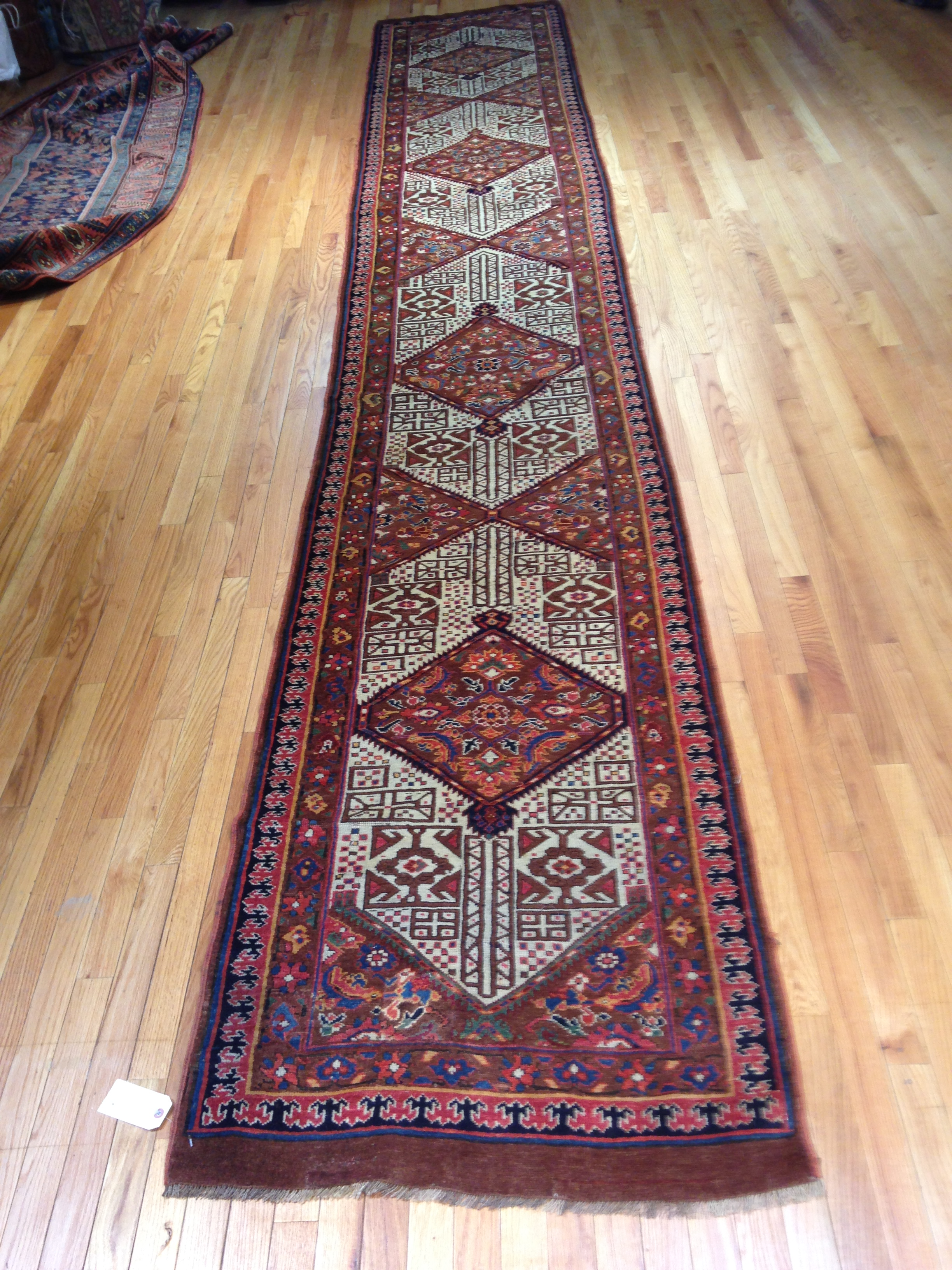 25051 Antique Persian Bakshaish runner 2,10 x 17,3-