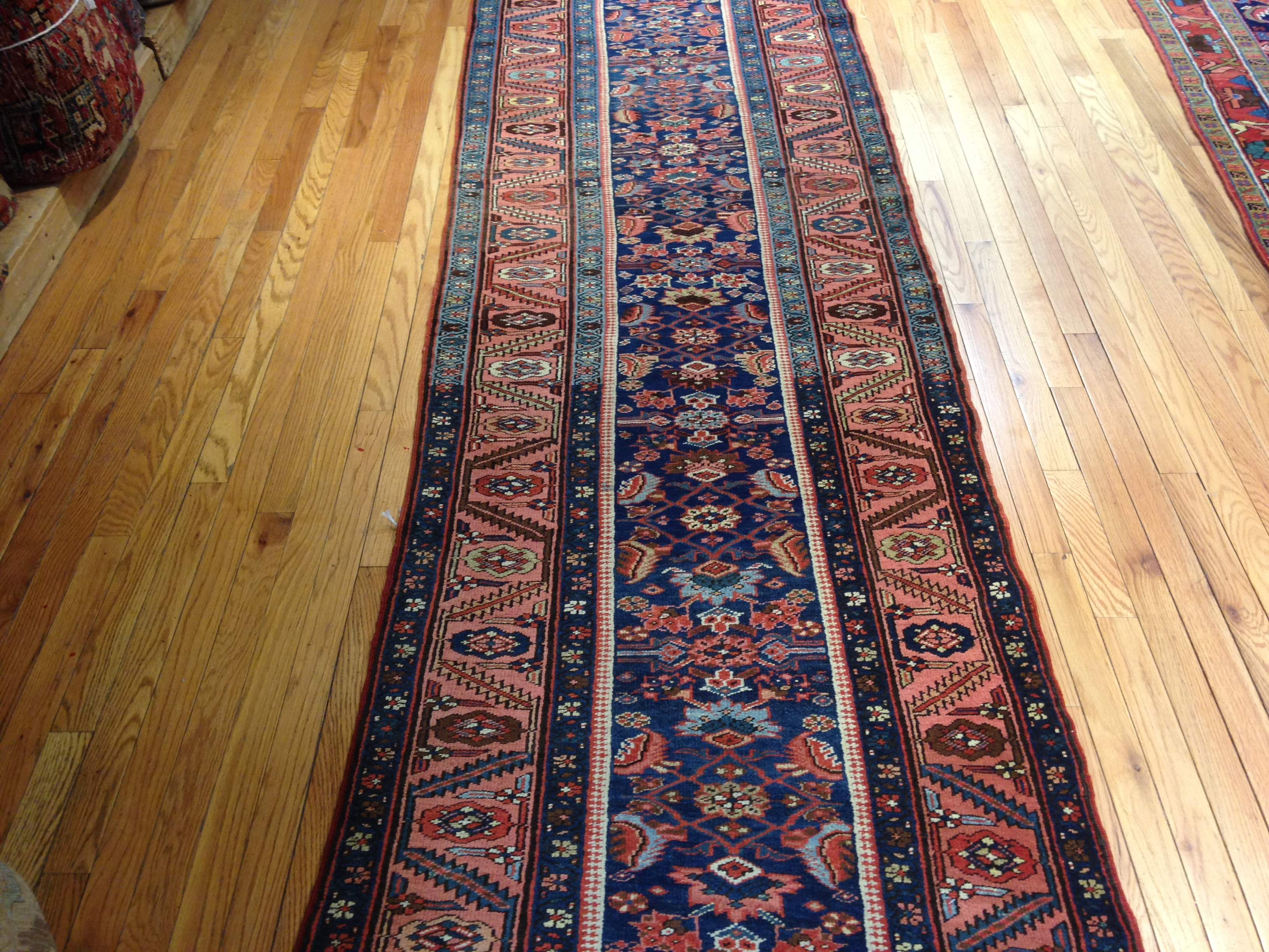 25052 antique Persian Bakshaish runner 3,2 x 17,4