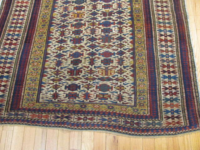 25107 antique caucasian shirvan rug 3,10 x 5-1