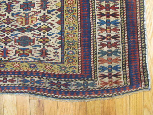25107 antique caucasian shirvan rug 3,10 x 5-2