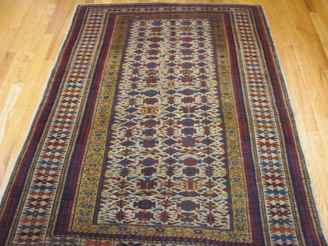 25107 antique caucasian shirvan rug 3,10 x 5
