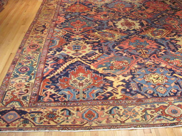 25116 Antique Persian Heriz rug 9,8 x 12,5