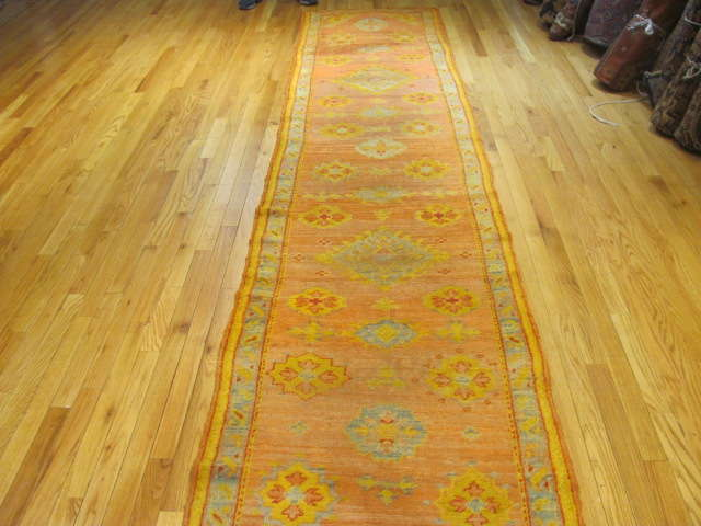 25129 Antique Anatolian Oushak hall runner 2,8 x 14,8
